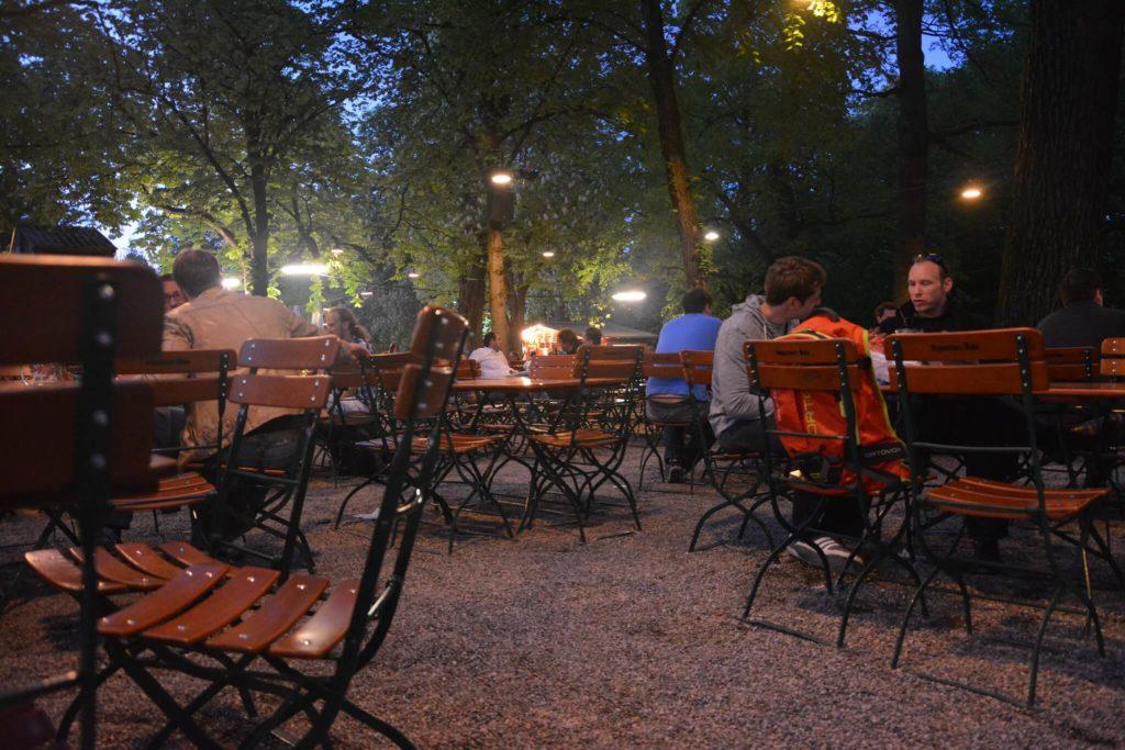 mejores jardines cerveceros que visitar en Múnich 17421350506 19fe30c423 k 1