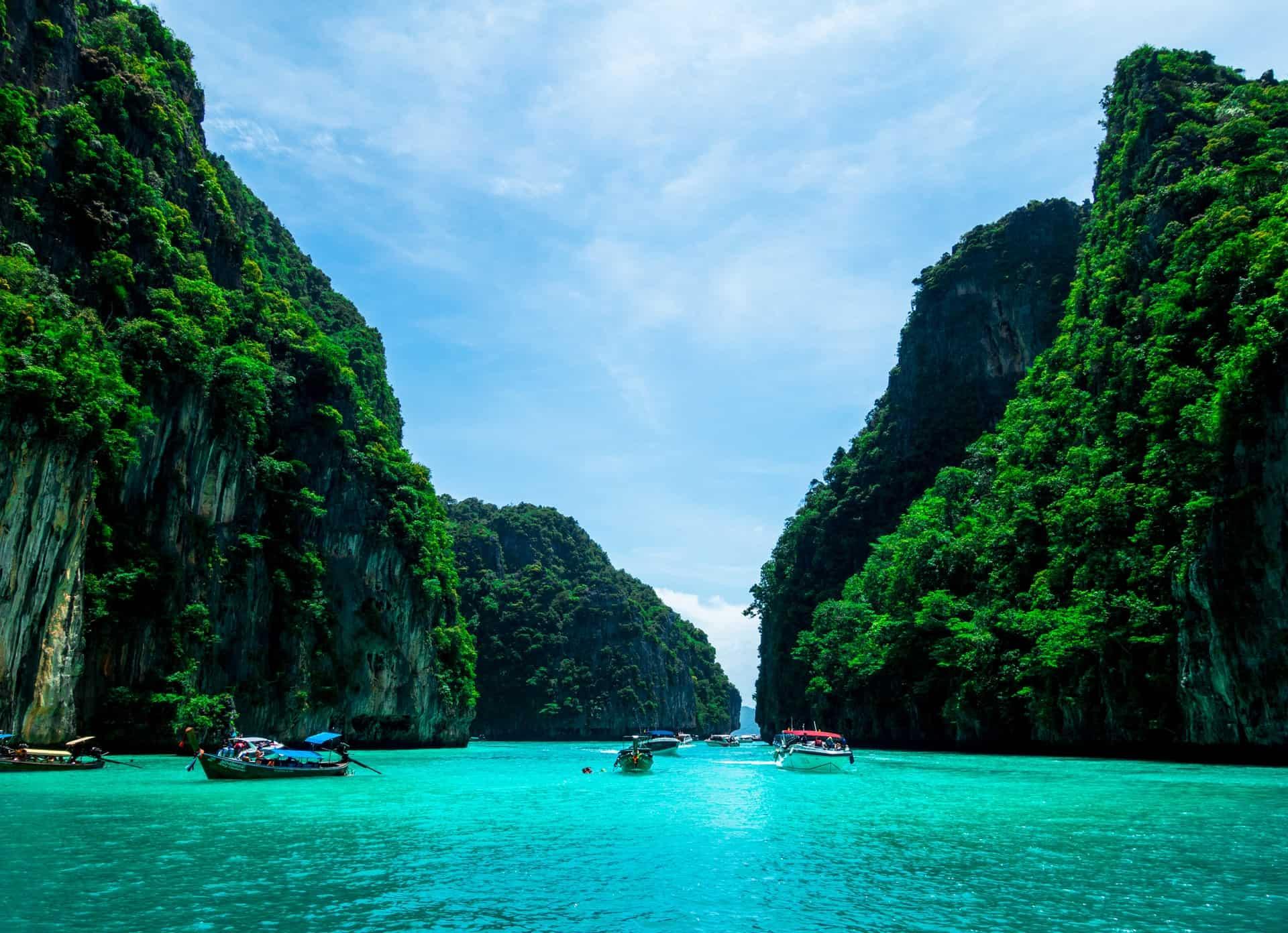 Phuket, Tailandia, se prepara para poder recibir turistas vacunados a partir de Julio