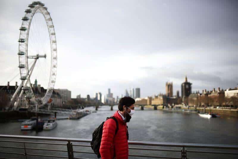 En Inglaterra Finaliza La Orden De &Quot;Permanecer En Casa&Quot; Y Las Personas Ya Se Pueden Juntar Al Aire Libre