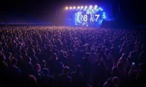 En España 5.000 personas asistieron a un concierto sin distanciamiento social para probar cómo sería volver a los eventos presenciales