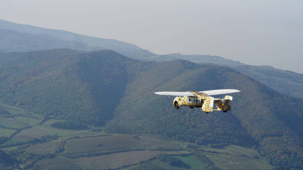 Los autos voladores estarán a la venta para el año 2023