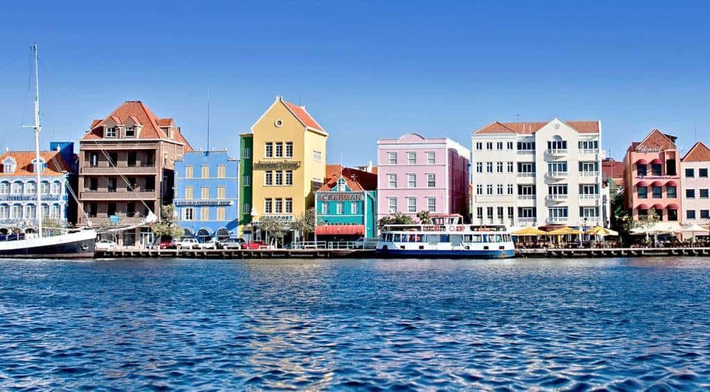 La Isla Caribeña De Curazao Lanza Una Visa Para Que Trabajadores Remotos Puedan Vivir Y Trabajar En El Lugar Hasta Por Un Año