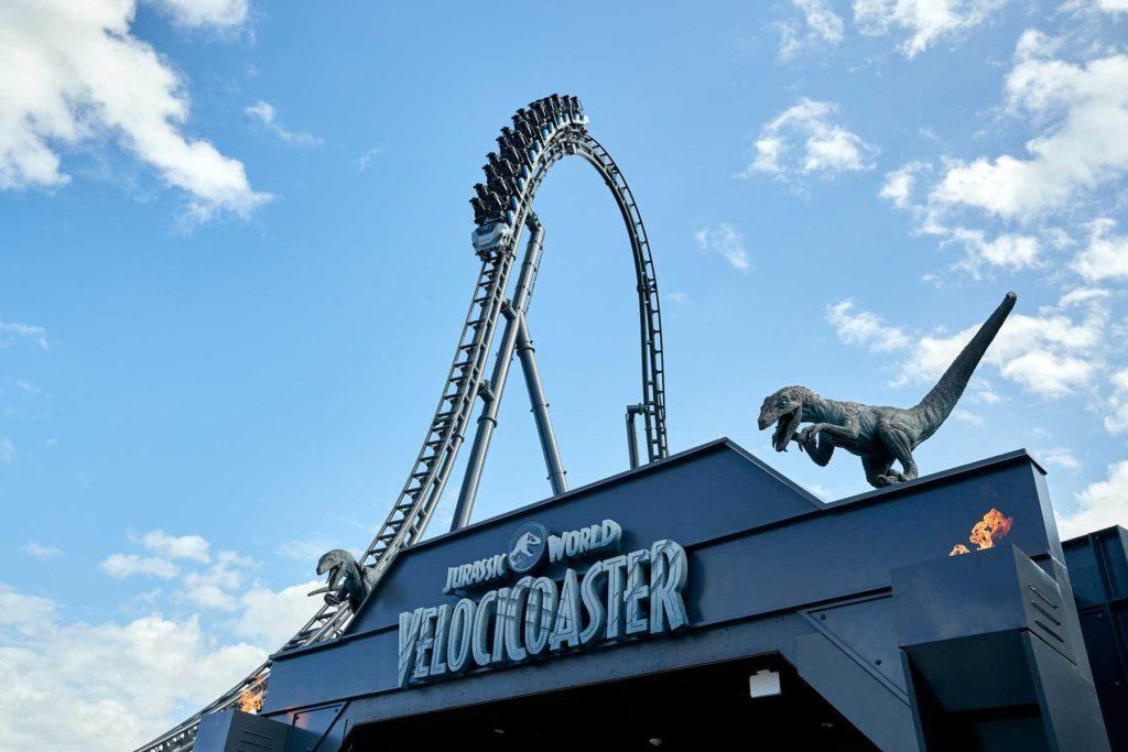 La nueva montaña rusa de Universal Orlando dedicada a Jurassic World estará disponible a partir de Junio 2021