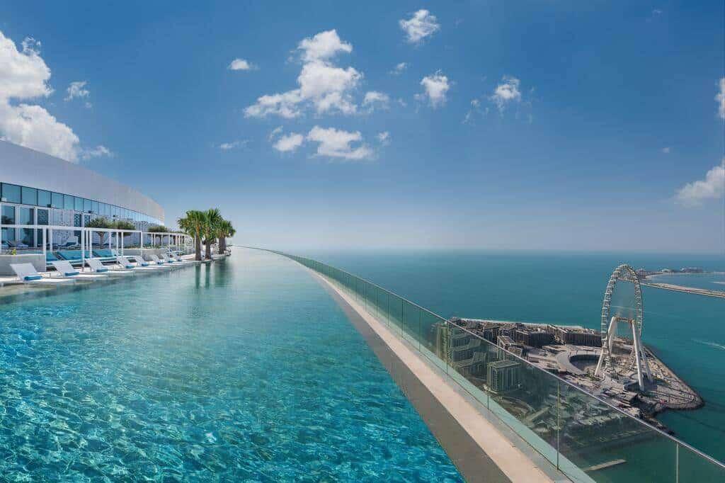 piscina infinita más alta del mundo
