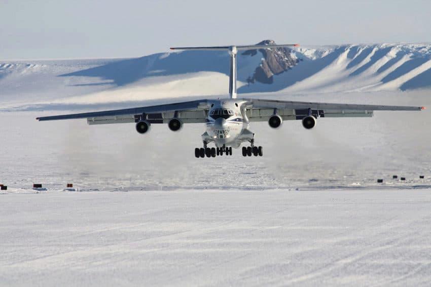 Así luce el aeródromo Troll, el aeropuerto más extremo del mundo que se encuentra en la Antártida
