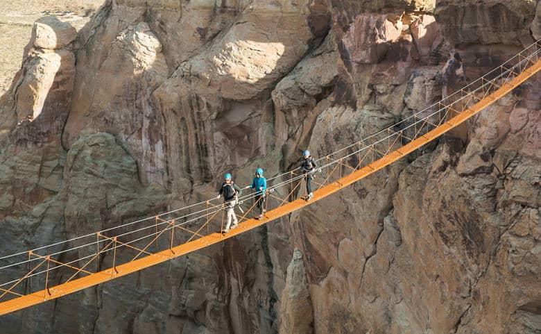 Un Lujoso Resort De Utah Acaba De Estrenar Una Escalera De Acero Que Asciende Unos 400 Pies Sobre El Suelo Y Ofrece Las Mejores Vistas Del Desierto