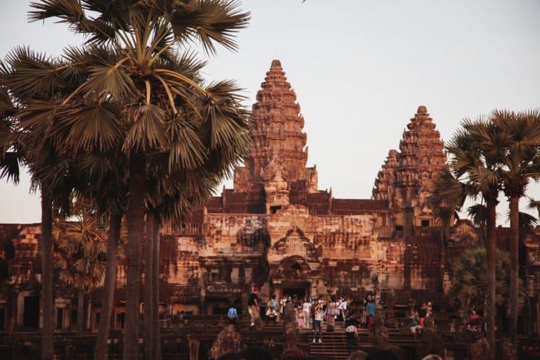 El complejo del templo de Angkor, en Camboya, cerró sus puertas para intentar frenar la propagación de COVID-19
