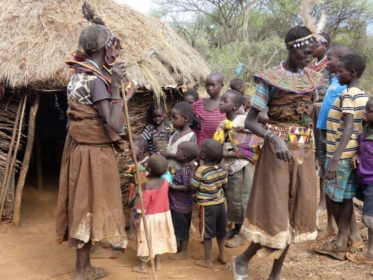 grupos étnicos en Uganda