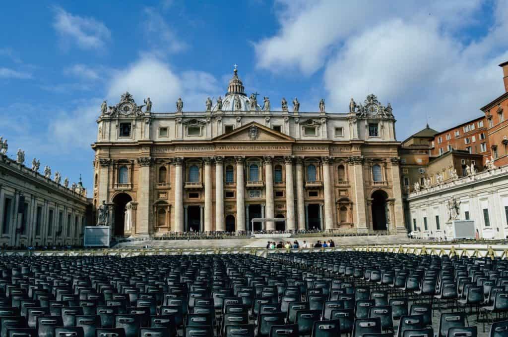 imagen visitar la Ciudad del Vaticano chris curry wNL7Us6Tdfk unsplash 1