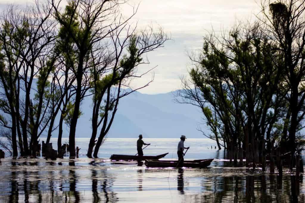 imagen Lago Atitlán robin canfield MyCahXndojw unsplash 1