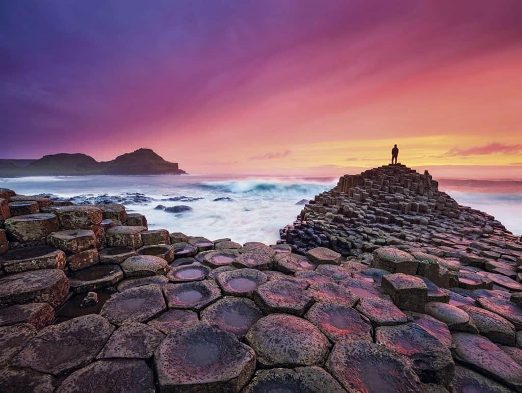 Qué ver en la Calzada del Gigante, uno de los lugares más icónicos de Irlanda destacado como patrimonio de la humanidad por la UNESCO