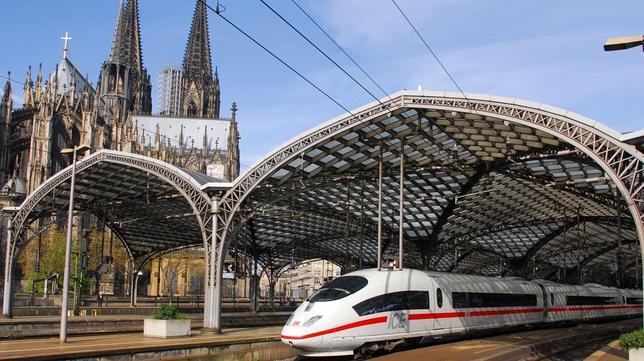 Alemania firma un acuerdo para reemplazar con conexiones ferroviarias de alta velocidad las rutas que actualmente solo tienen vuelos de corta distancia