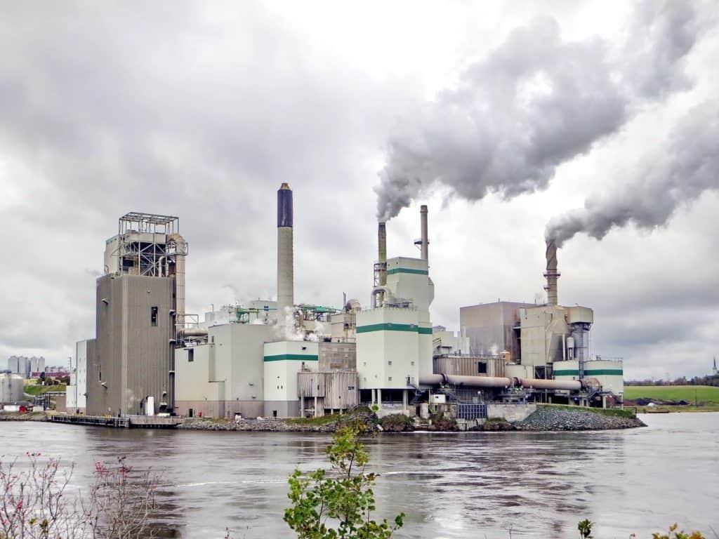 La Agencia Internacional de Energía estima que durante el 2021 las emisiones de carbono alcanzarán su segundo crecimiento más alto en la historia