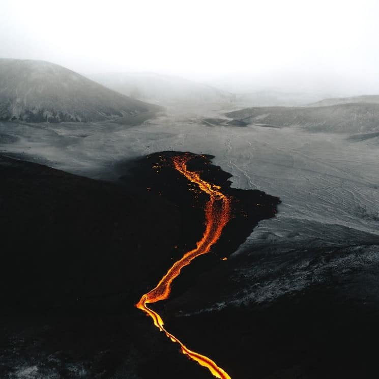 Hoy Se Hará La Primera Transmisión Aérea De Una Erupción Volcánica En Youtube Y El Valle De Geldingadalur, En Islandia, Será El Protagonista
