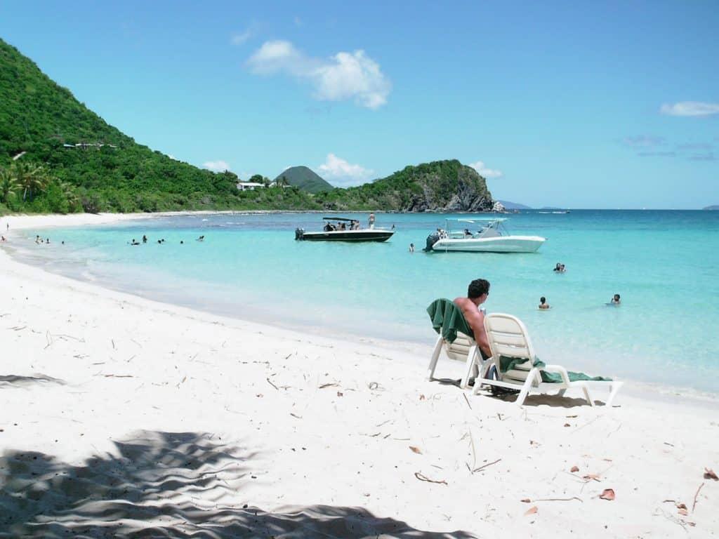 Las Islas Vírgenes Británicas Relajan Las Restricciones Para Turistas Que Estén Vacunados Contra El Covid-19