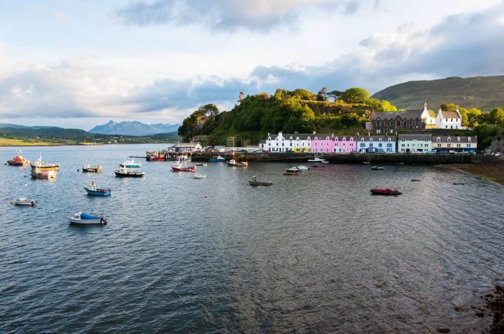 imagen pueblos más bonitos de Escocia 14696234181 a6bec6a51b k 1