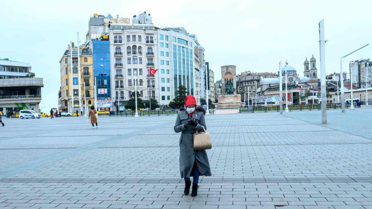 Turquía comienza su confinamiento más estricto desde que empezó la pandemia por COVID-19