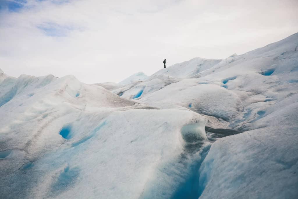 imagen Caminar en el Glaciar Perito Moreno margo brodowicz 6DXT79UXikY unsplash 1