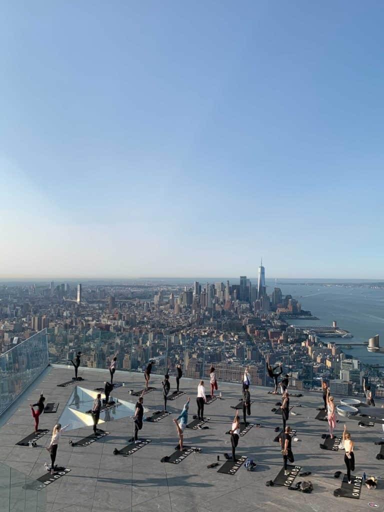 Imagen Practicar Yoga Al Aire Libre En Nueva York Donde Practicar Yoga En Nueva York