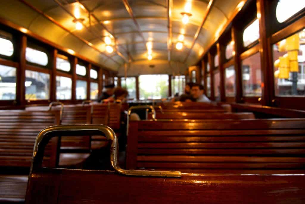 Un Paseo Histórico En El Tranvía De Buenos Aires