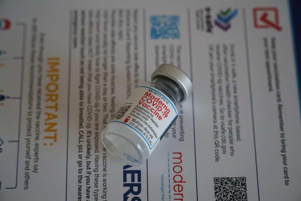 """Agencias de viaje de Tailandia están ofreciendo """"tour de vacunas"""" a Estados Unidos para las personas que se quieran vacunar contra el COVID-19"""