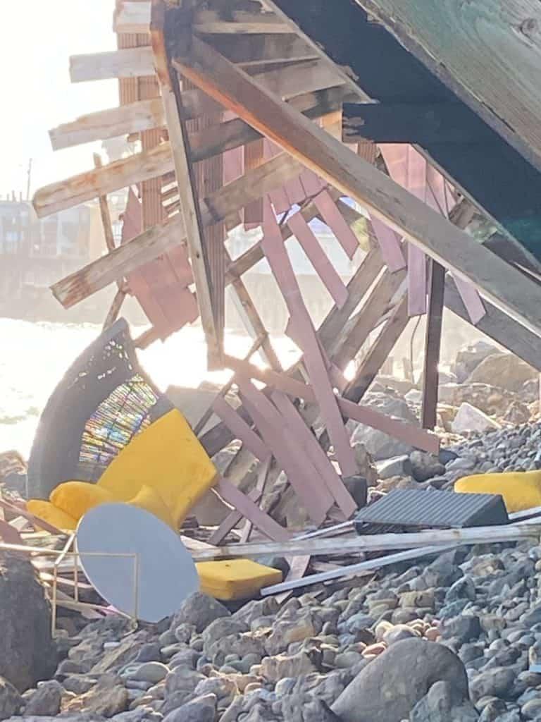 Una Cámara Capturó El Aterrador Momento En El Que Un Balcón De California Se Desmoronó