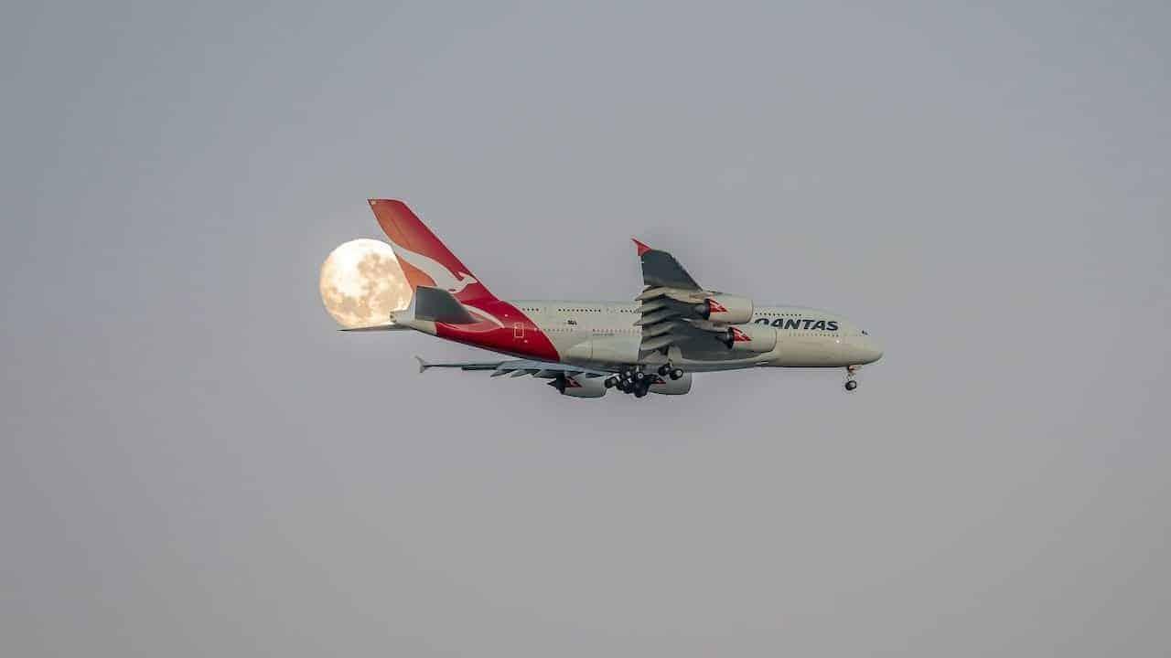qantas-airways-vuelos-eclipse-lunar