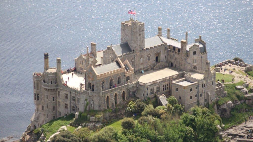 Un Castillo De Cornwall, Inglaterra, Está En Busca De Una Persona Para Que Cuide El Lugar Y Viva Allí