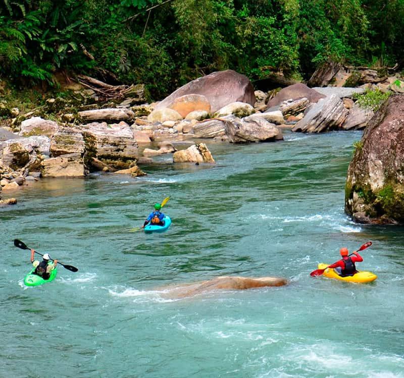 Tena Tiene Como Principal Actividad El Turismo Ya Que Cuenta Con Una Diversidad De Atractivos Naturales Y Culturales.