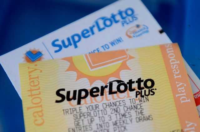 Boleto De Lotería Superlotto Plus