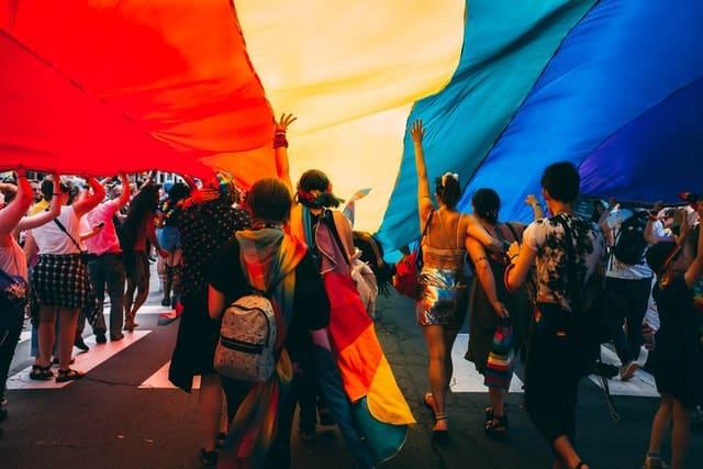 Banderas Del Colectivo Lgtbq+ En La Marcha Del Orgullo