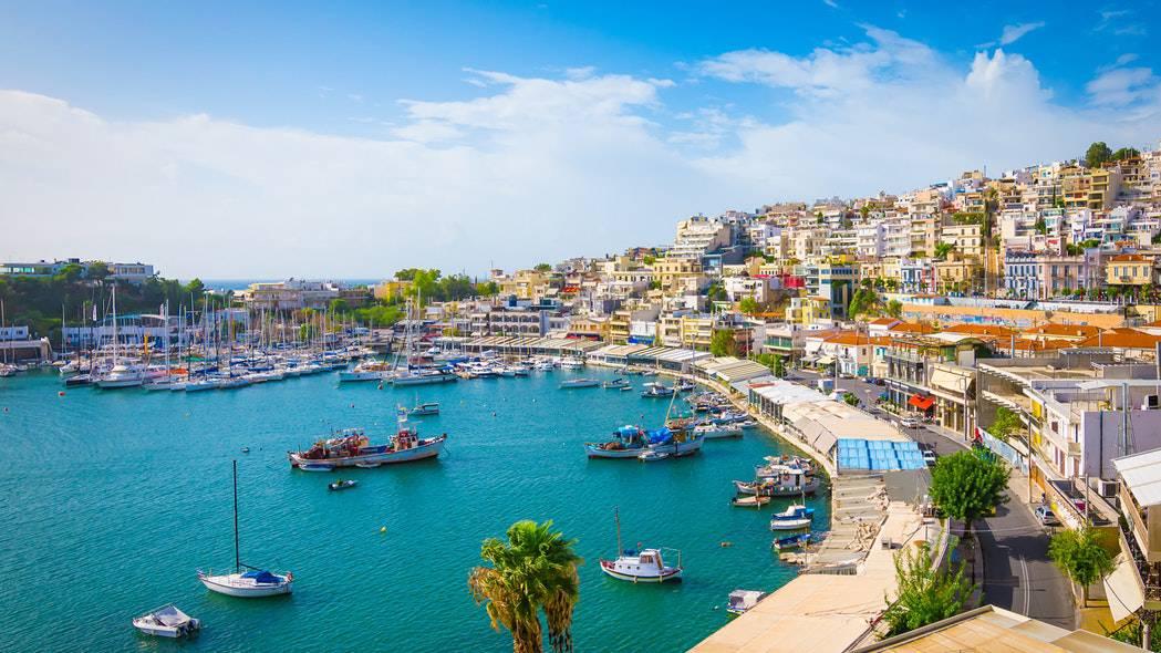 Personas de diferentes partes del mundo tienen la posibilidad de ganar un viaje en yate privado para recorrer las islas griegas