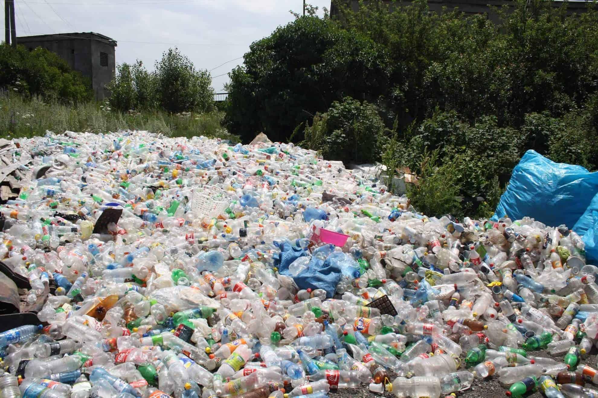 residuos plásticos de un solo uso