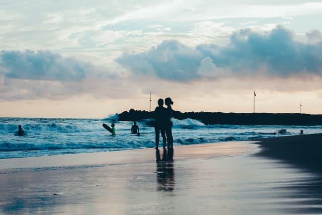 Glamping En México | Ixtapa Zihuatanejo Es Conocida Por Sus Playas Hermosas De Arena Suave Y Vistas A La Bahía.  Photo By Ruben Ramirez On Unsplash