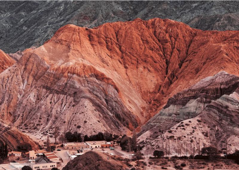 Guía Para Rentar Un Motorhome En Argentina | El Cerro De Siete Colores, Un Paisaje Hermoso Para Admirar En Purmamarca, Jujuy.