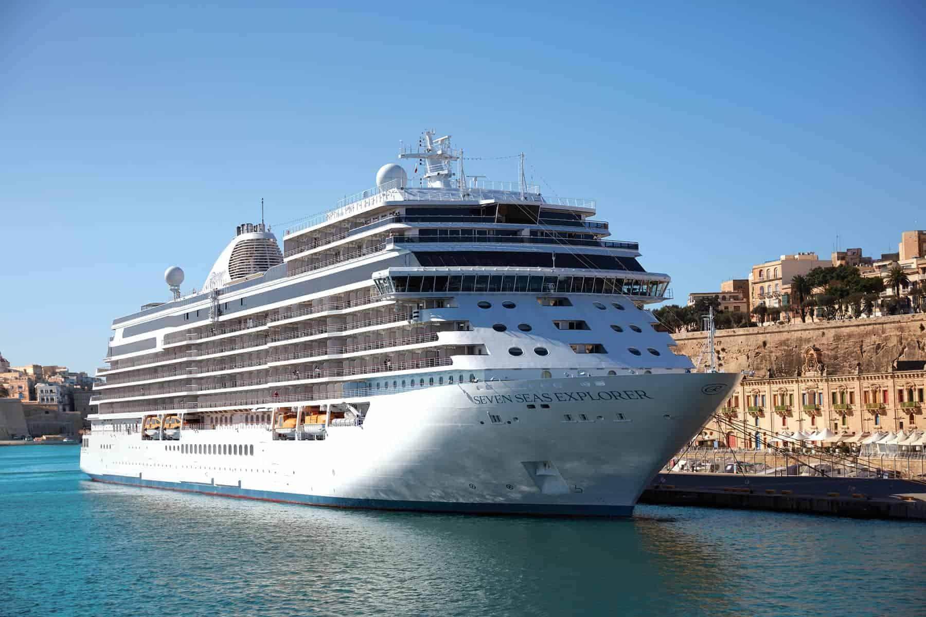 La línea de cruceros Regent Seven Seas Cruises anunció la fecha para el regreso de sus viajes alrededor del mundo