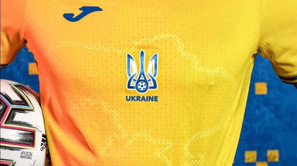 camiseta de fútbol de Ucrania con un mapa de Crimea