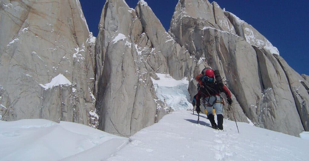 Imagen Turismo Aventura En Argentina Encabezado Base Del Cerro Torre