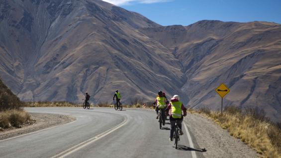 Imagen Turismo Aventura En Argentina Recorrer Cuesta Del Obispo En Bicicleta 1