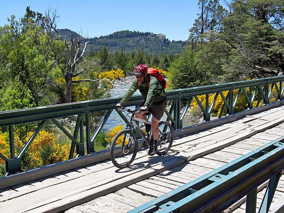 Imagen Turismo Aventura En Argentina Mountainbike En Quetrihue Argentina