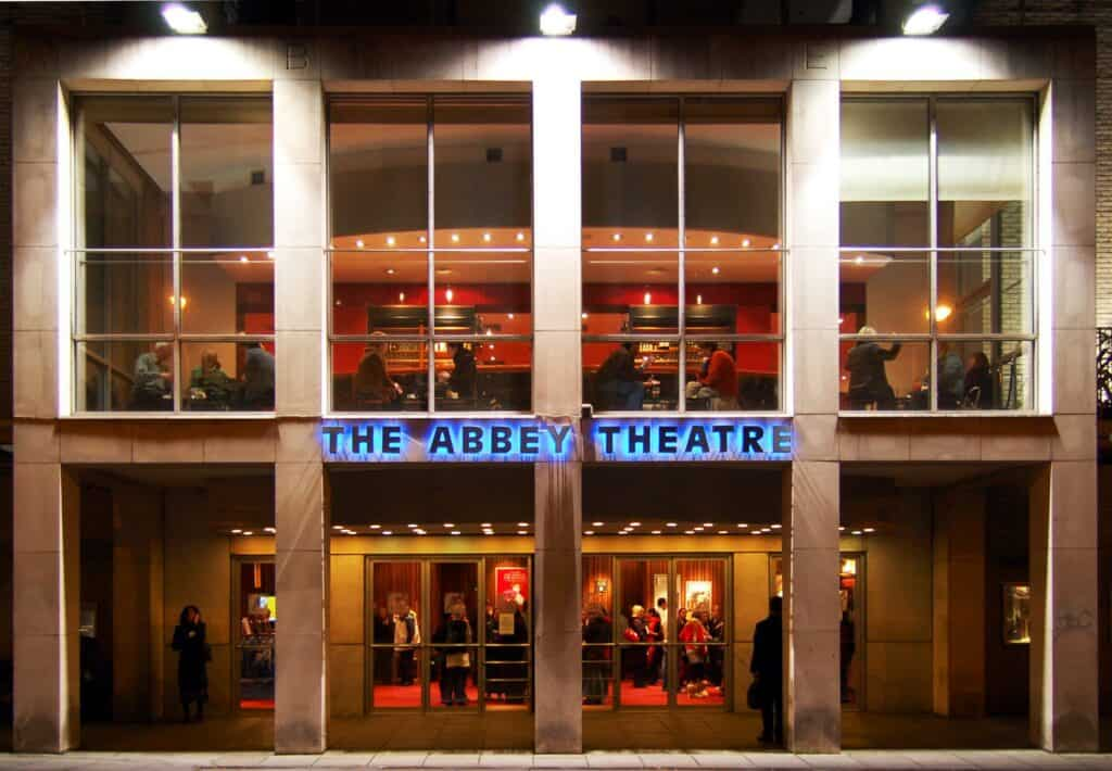 Imagen Lugares Para Conocer En Dublín Abbey Theatre Exterior
