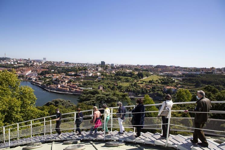 Oporto Celebra La Apertura Del Mirador Porto 360, El Lugar Perfecto Para Disfrutar Las Vistas Panorámicas Ante El Río Douro