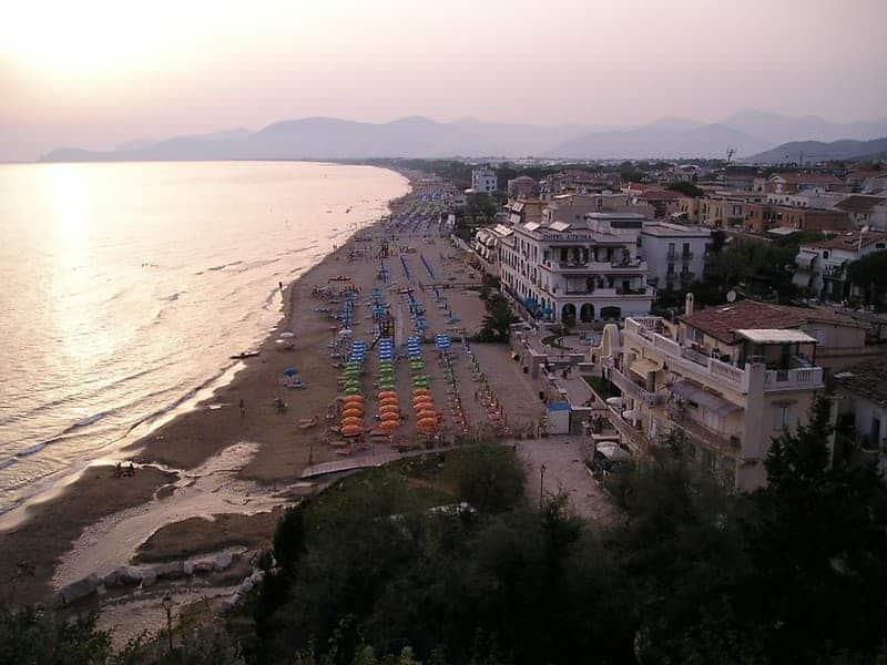 Playas Cerca De Roma: Sperlonga