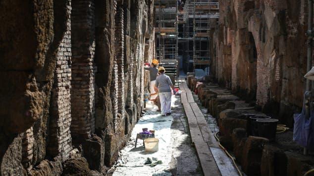 Trabajos De Restauración En Los Subterráneos Del Coliseo