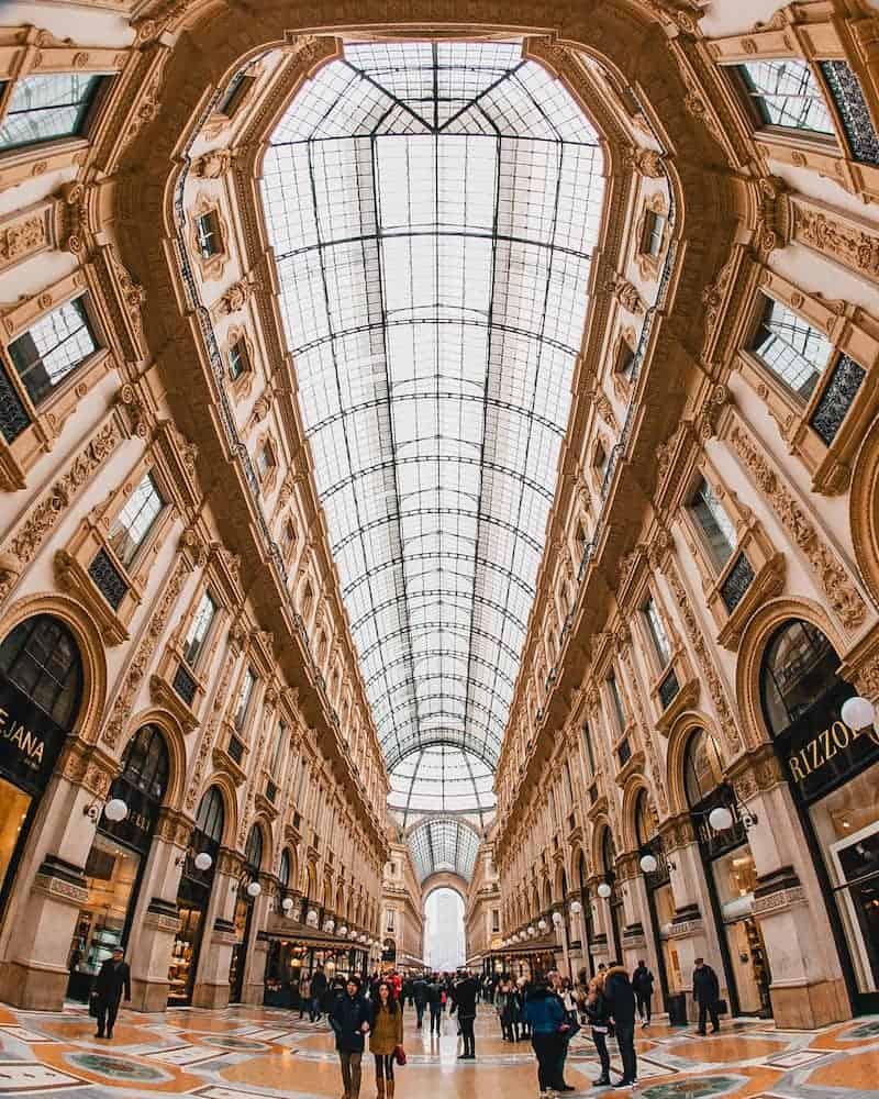Gratis-En-Milan