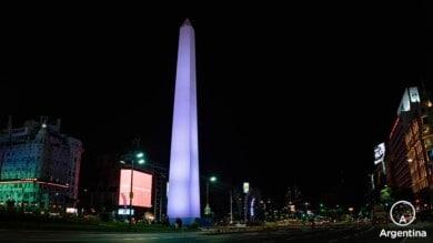 obelisco en la noche de buenos aires