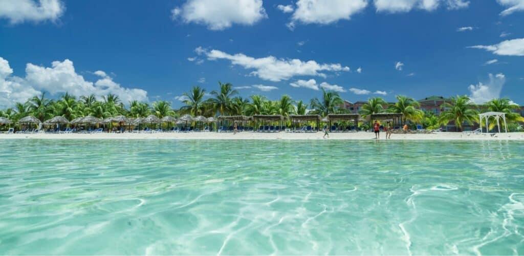 Playas Con Aguas Cristalinas