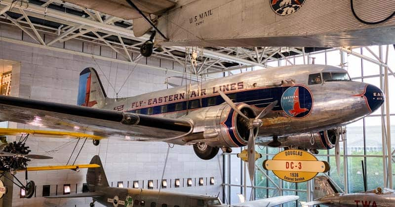 10 Lugares Que Visitar En Washington: El Museo Nacional Del Aire Y Del Espacio
