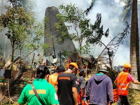 Avión Militar Se Estrelló En Filipinas