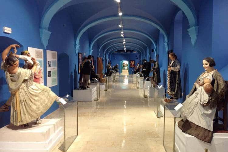 Museos En Valencia: Museo Fallero